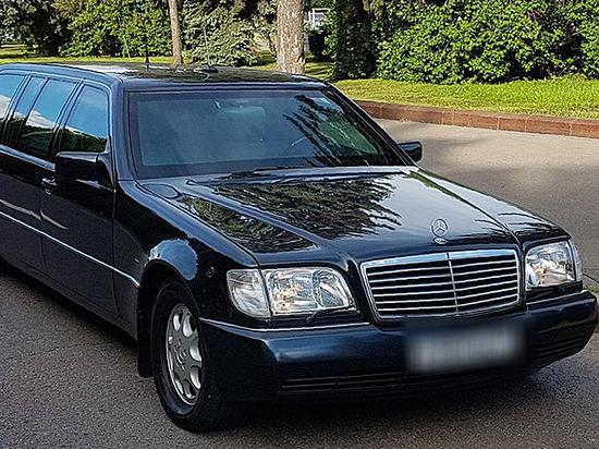 Бронированный лимузин Ельцина решили продать по цене элитной квартиры