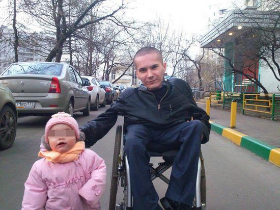 Русский «Стивен Хокинг»: в тюрьму за разбой посадили обездвиженного инвалида