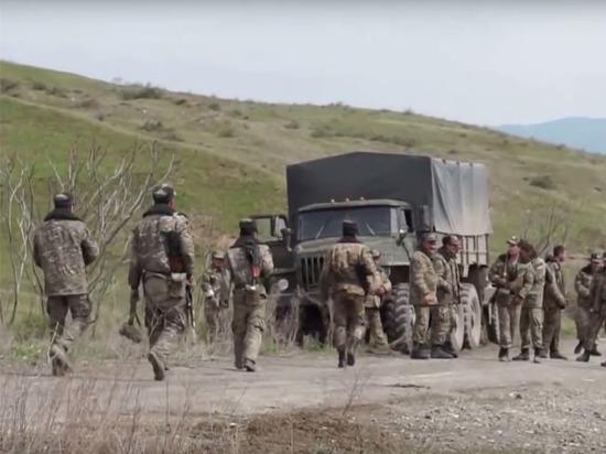 Война в Карабахе: Азербайджан ударил по Армении или по России