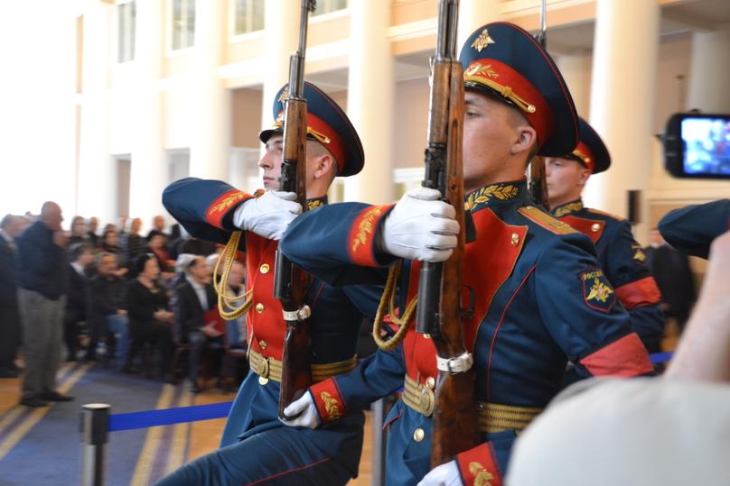 В Петербурге попрощались с Даниилом Граниным