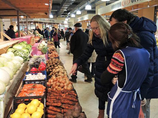 Холодное лето-2017 подогрело продовольственную инфляцию фото