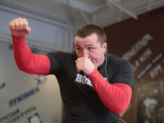 Лебедев победил Флэнагана единогласным решением судей, защитив чемпионский пояс WBA