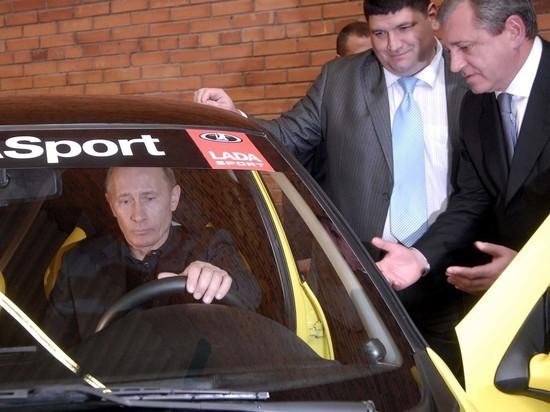 Путин рассказал, на какой машине ездил в 90-е