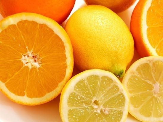 Диетологи: апельсины и лимоны защищают от слабоумия