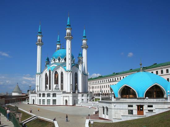 Болезненное отношение Кремля: за что Татарстан лишают особого статуса