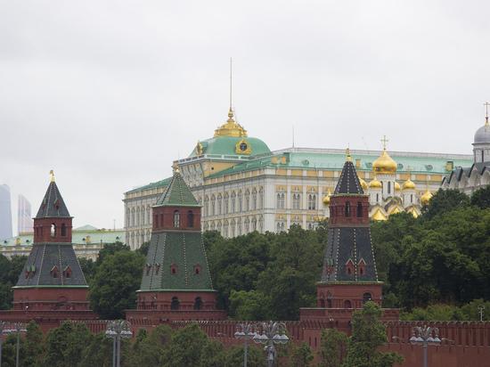 СМИ: Кремль окончательно отказал Татарстану в суверенитете