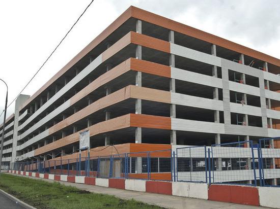 Владельцы боксов в многоэтажных паркингах будут платить по 30 000 рублей за место