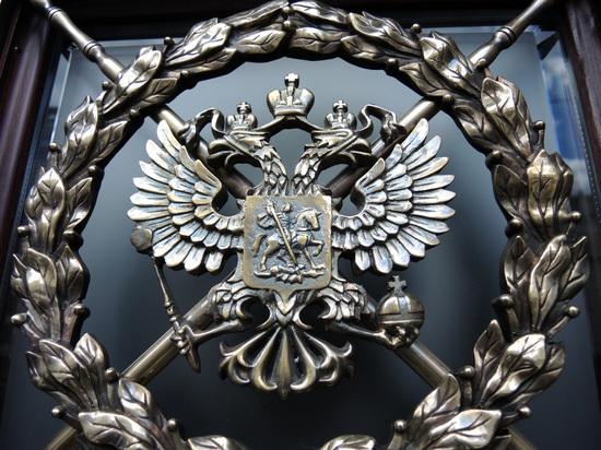 «Контролировать каждого мэра»: ФСБ решила допустить градоначальников к гостайне