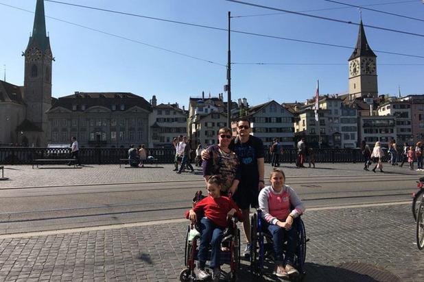 Семья с детьми-инвалидами выживает вопреки равнодушию общества и издевательствам мошенников