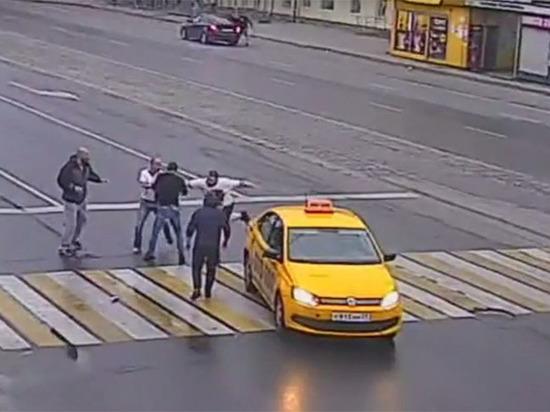 В массовой драке на дороге Калининграда пострадали дети