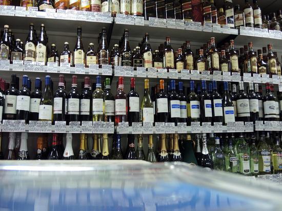 Спасибо партии родной: почему Минздрав решил запретить алкоголь по выходным