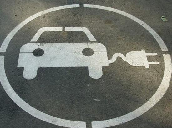 Гибриды и электромобили получили «прописку» в Правилах дорожного движения