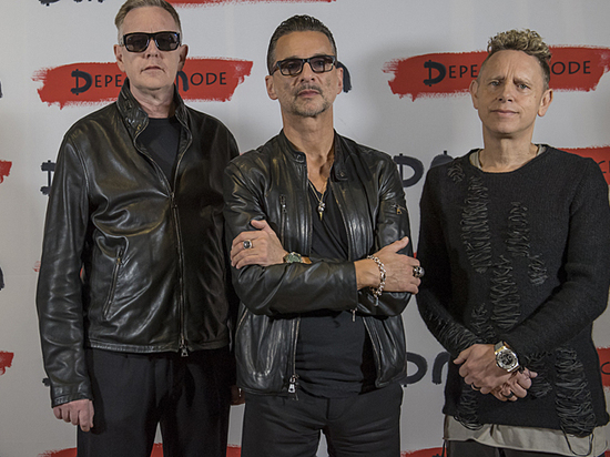Фронтмен Depeche Mode Гаан выписан из больницы выступит в Киеве