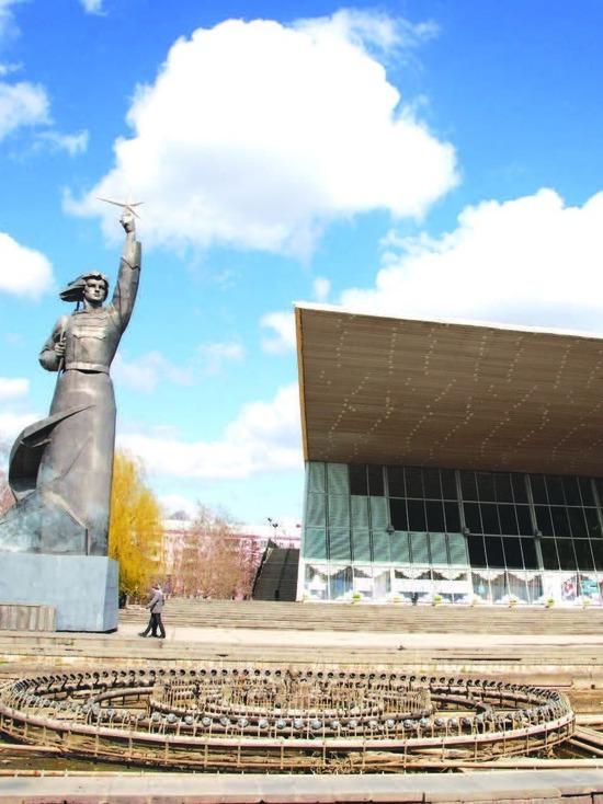 Реконструкцией визитной карточки Краснодара — кинотеатра «Аврора» займется Сергей Галицкий