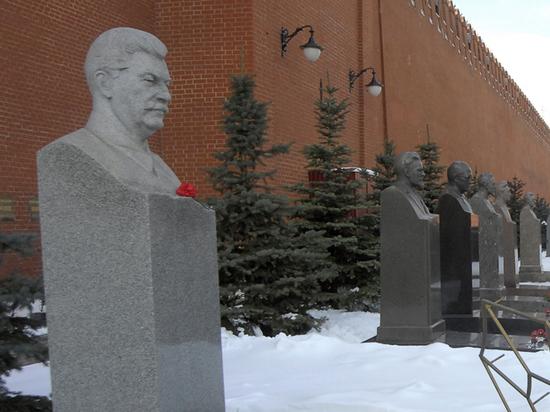 Призрак Сталина всегда возвращается в Россию накануне больших перемен