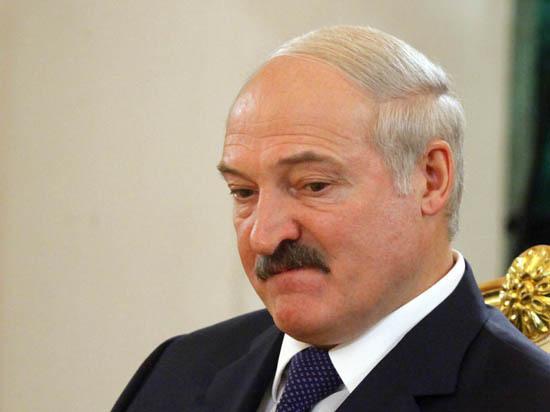 Руководитель Погранслужбы Украины упал вобморок навстрече Порошенко иЛукашенко