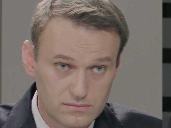 Навальный о дебатах со Стрелковым: заклеили окна мусорными пакетами