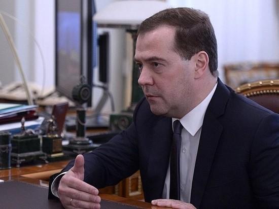 «До 7 лет тюрьмы»: Медведева заподозрили в превышении полномочий