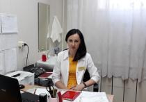В Оренбурге заведующая детской поликлиникой №7 спасла жизнь грудничку