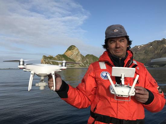 Ноу-хау биологов Командорского заповедника: тюленей научились считать с высоты
