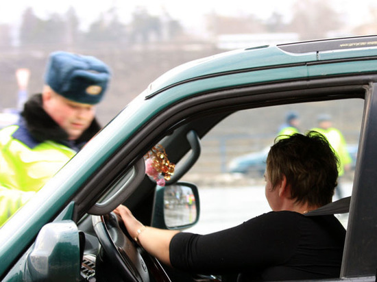 Пассажир в машине блондинки: немного о женской психологии