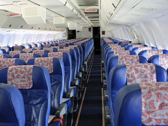 Наборту рейса «Москва— Барселона» побили пассажира, скандировавшего «русские люди— говно»