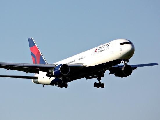 Американская авиакомпания отрицает снятие россиянина с рейса из-за «оккупации Крыма»