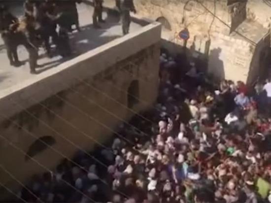 На Храмовой горе снова начались столкновения арабов и израильтян