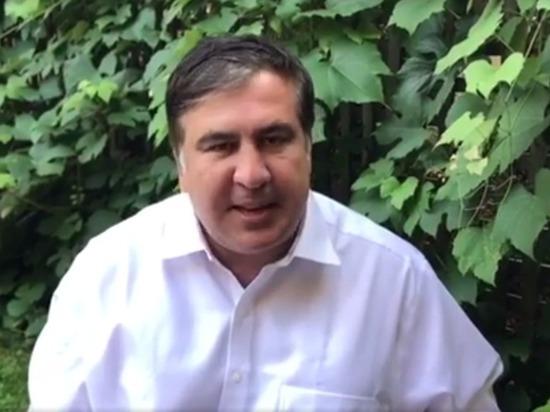 Лишенный украинского гражданства Саакашвили пригрозил Порошенко судьбой Януковича