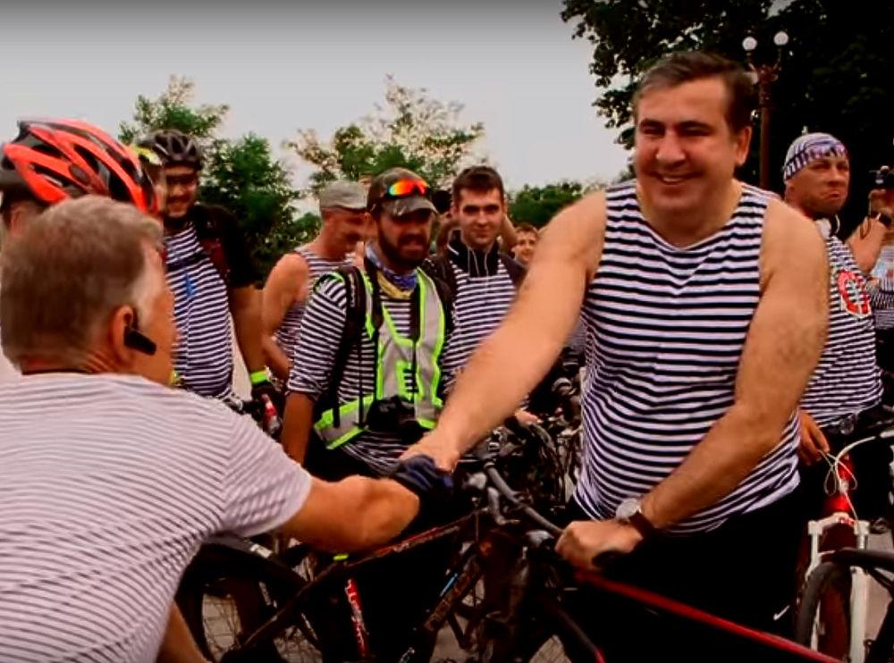 """Саакашвили согласен жить в транзитной зоне аэропорта """"Борисполь"""""""