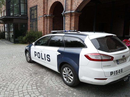 Мужчина в Хельсинки протаранил толпу на автомобиле