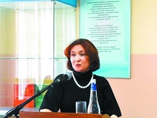 СМИ подозревали судью Хахалеву всвязях с преступным авторитетом