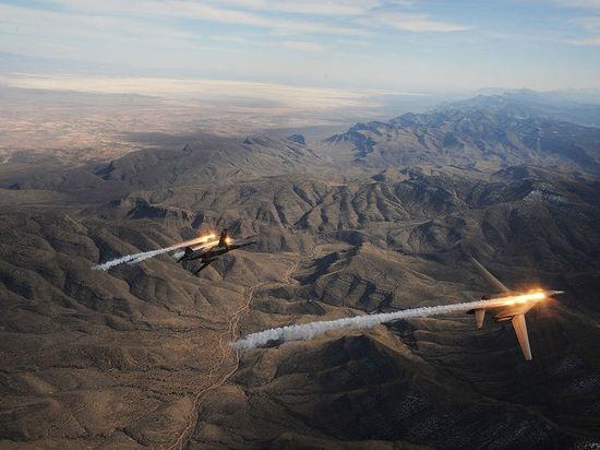 Продемонстрировали силу: бомбардировщики ВВС США пролетели над Корейским полуостровом