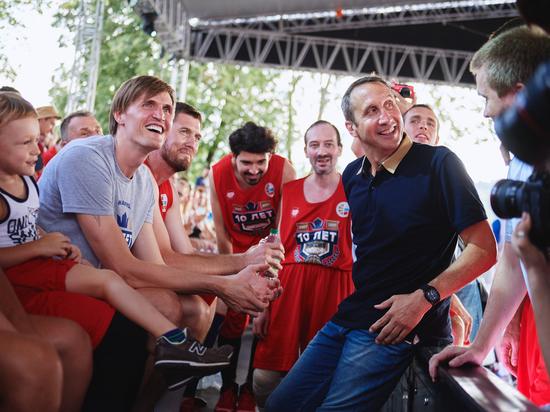 Баскетбольный праздник: Блатт – в помощь!