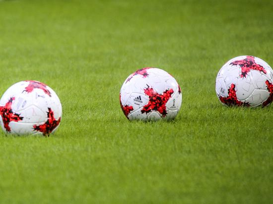 Тренер «Анжи» публично обвинил своего футболиста в трусости
