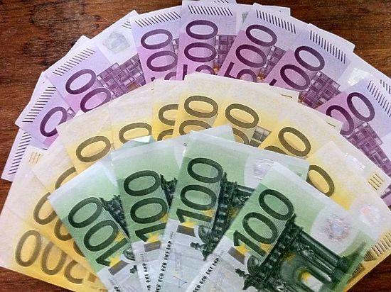 Главной валютой лета-2017 стало евро
