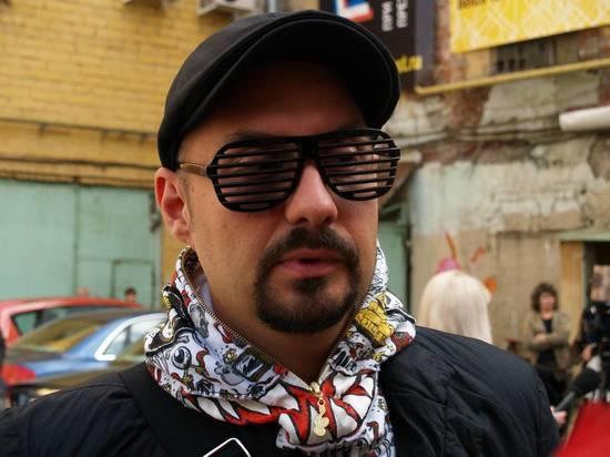 У кинорежиссера Серебренникова отобрали загранпаспорт