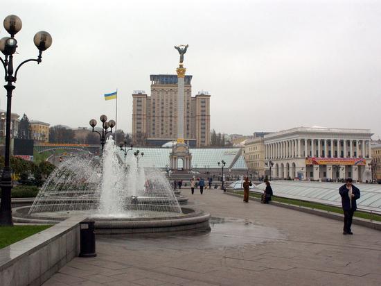 «Против политизации исторических фактов»: Украина возмущена новым дизайном польских паспортов