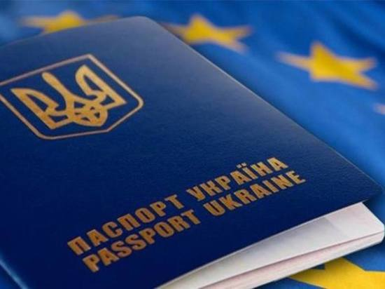 Украинцам запрещают ездить в Россию: послушаются ли они своего министра