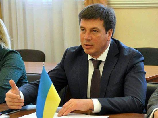 Украине придают статус: в Киев едет представитель по децентрализации