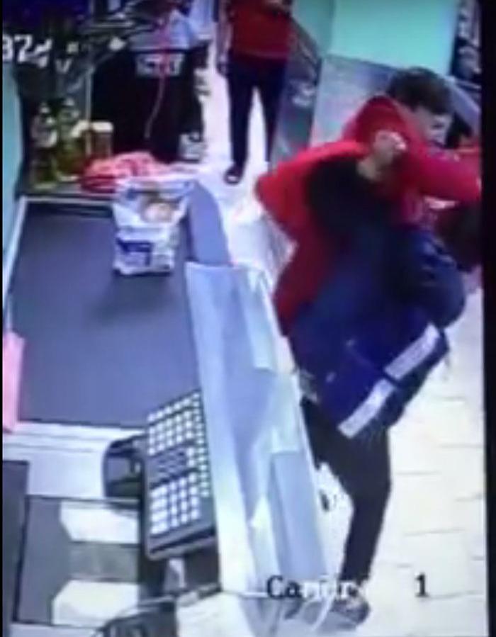 ВПодмосковье кассир «Пятерочки» побила ребенка