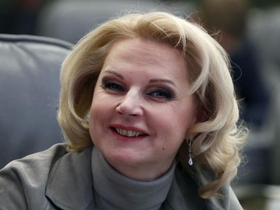 В России увеличилось число чиновников-начальников, а сократилось - их подчиненных