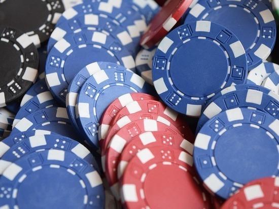 СКобвинил полицейских изМытищ в«крышевании» подпольного казино