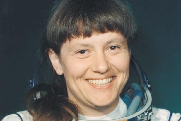 Даже покорительница открытого космоса Светлана Савицкая окончила гражданское летное училище и была летчиком-испытателем