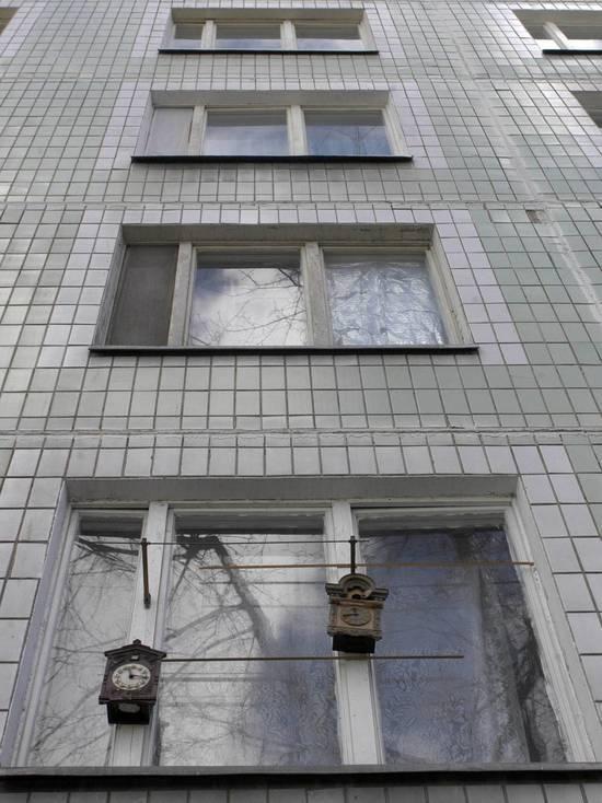 Семья, в которой малыш упал с третьего этажа, считалась неблагополучной