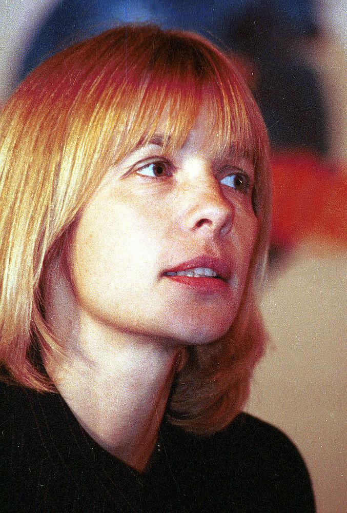 16 августа в возрасте 61 года от онкологии скончалась актриса и режиссер Вера Глаголева. Она известна своими ролями во множестве советских и российских фильмов, таких как «Враги», «Не стреляйте в белых лебедей», «О тебе», «В четверг и больше никогда», также играла в театре на Малой Бронной, сняла шесть картин в качестве режиссера: «Сломанный свет», «Заказ», «Чёртово колесо» и другие