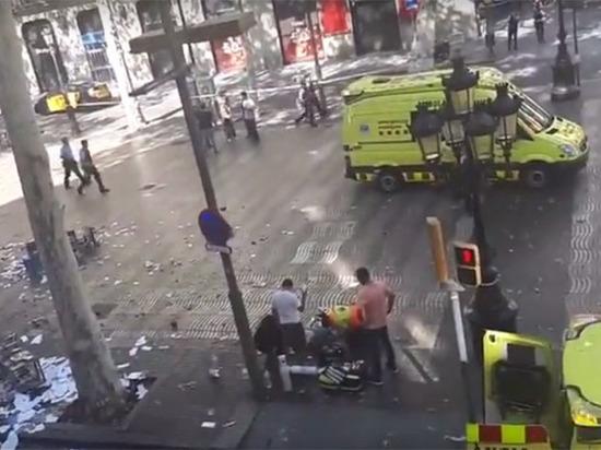 Число пострадавших при теракте вБарселоне выросло до 64 человек