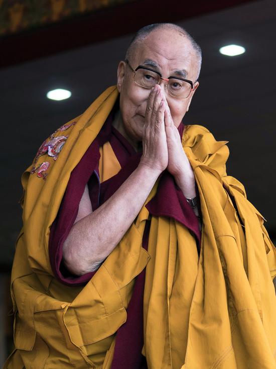 Далай-лама считает, что русские могут стать ведущей нацией