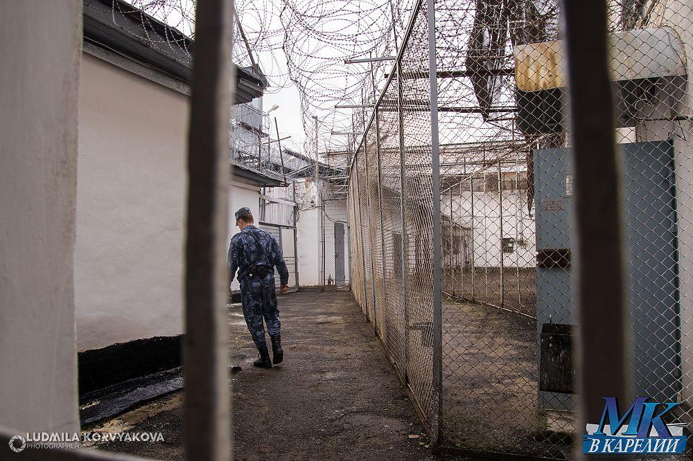 Что прячут за стенами самого старого СИЗО в Петрозаводске