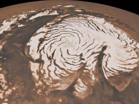 На Марсе бушуют снежные бури, заявили планетологи
